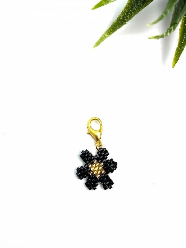 Charm Çiçek (Büyük siyah)