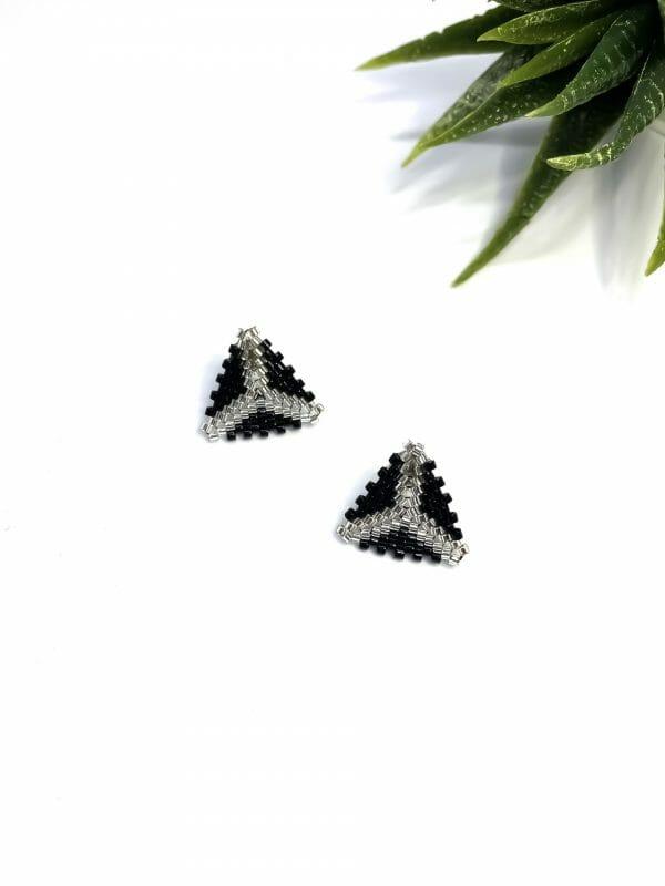 Üçgen Miyuki Küpe (gümüş-siyah)