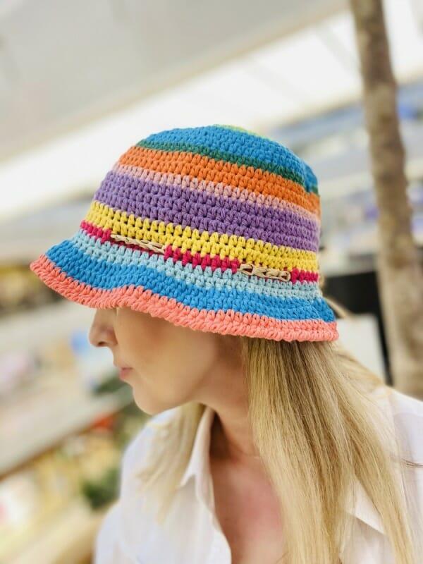 Renkli Örgü Şapka