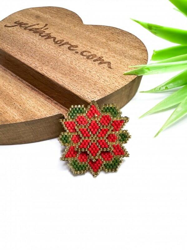 Kamelya Çiçeği Miyuki Broş (kırmızı)